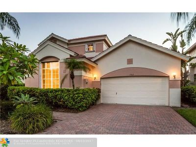Pembroke Pines Single Family Home For Sale: 1502 Lacosta Dr
