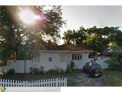Miami Single Family Home For Sale: 7520 NE 3rd Ave