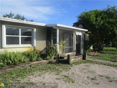 Pompano Beach Single Family Home For Sale: 5274 NE 14th Ter