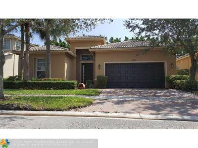 Weston Single Family Home For Sale: 4290 E Seneca Ave
