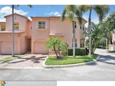 Pompano Beach Condo/Townhouse For Sale: 1900 Oceanwalk Ln #139