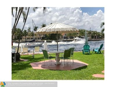 Pompano Beach Condo/Townhouse For Sale: 605 N Riverside Dr #15
