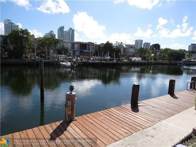 Hallandale Condo/Townhouse For Sale: 904 NE 25th Ave #71