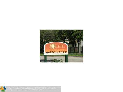 Miami Condo/Townhouse For Sale: 9715 Fontainebleau #E-103