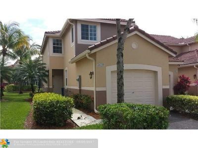 Weston Condo/Townhouse For Sale: 3619 San Simeon Cir #1
