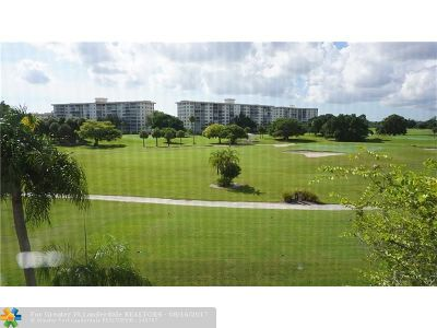 Pompano Beach Condo/Townhouse For Sale: 2900 N Palm Aire Dr #409