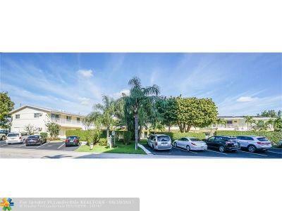 Pompano Beach Condo/Townhouse For Sale: 3201 SE 10th St #5B