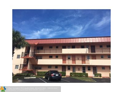 North Miami Beach Condo/Townhouse For Sale: 19001 NE 14th Ave #123