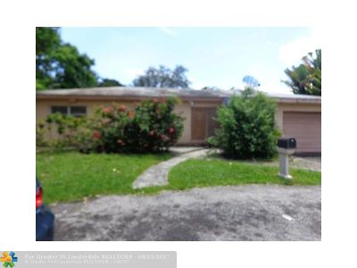North Miami Beach Single Family Home For Sale: 1300 NE 157th St