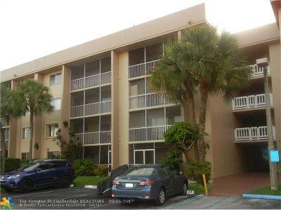Hialeah Condo/Townhouse For Sale: 17000 NW 67th Ave #308