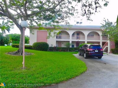 Coconut Creek Condo/Townhouse For Sale: 1101 Bahama Bnd #A1