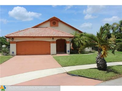 Deerfield Beach Single Family Home For Sale: 541 NW 39th Ter