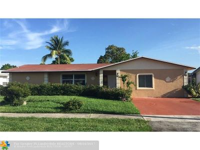 Lauderhill Single Family Home For Sale: 4400 NW 12th Ct