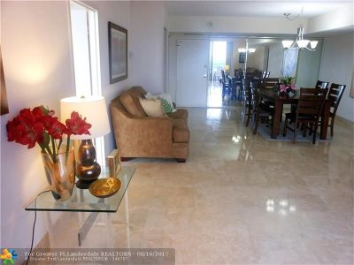 Hallandale Condo/Townhouse For Sale: 500 E Three Islands Blvd #811
