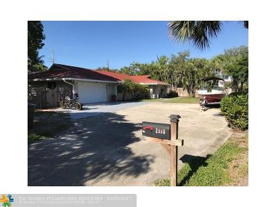 Lake Worth Single Family Home For Sale: 2550 Ray Court