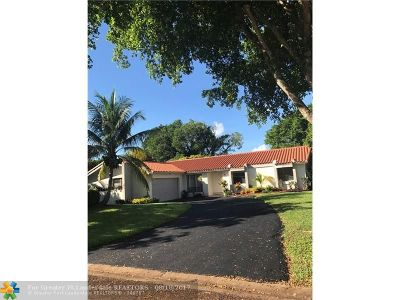 Coral Springs Single Family Home For Sale: 10100 NW 17th St
