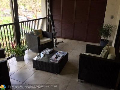 Coconut Creek Condo/Townhouse For Sale: 3561 NW 35th St #1622