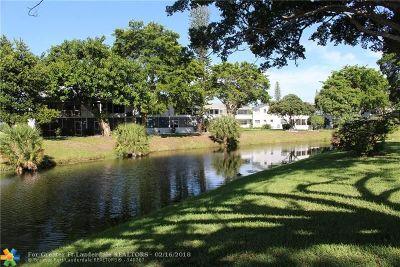 Deerfield Beach Condo/Townhouse For Sale: 55 Markham C #55