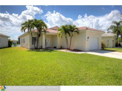 Deerfield Beach Single Family Home For Sale: 1347 SW 44th Terrace