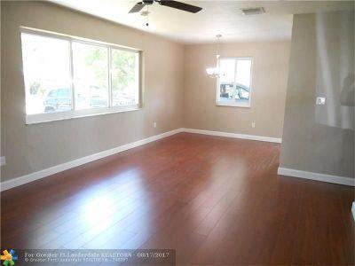 Deerfield Beach Single Family Home For Sale: 249 NE 41st St