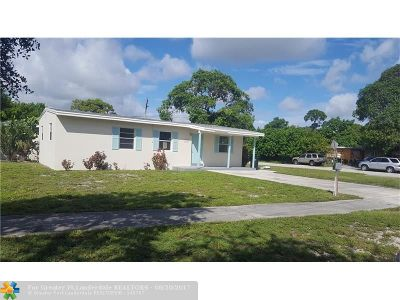 Fort Lauderdale Single Family Home For Sale: 1121 Chateau Park Dr