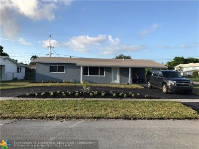 Deerfield Beach Single Family Home For Sale: 320 SE 3rd Ct