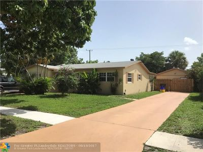 West Palm Beach Single Family Home For Sale: 1724 37th St