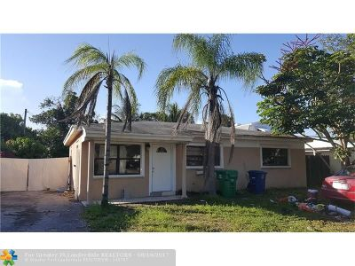 Miramar Single Family Home For Sale: 6515 Miramar Pkwy