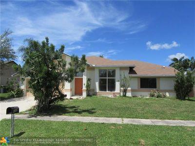 Boynton Beach Single Family Home For Sale: 6309 Bengal Cir