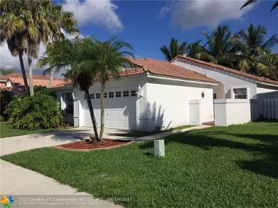 Pembroke Pines Single Family Home For Sale: 1030 NW 191 Street