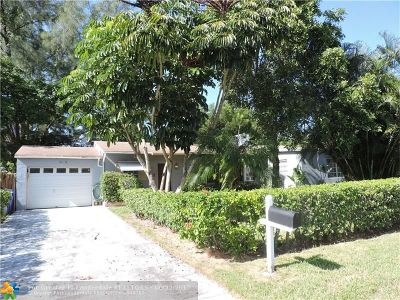 Pompano Beach Single Family Home For Sale: 3251 SE 8th St