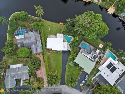 Wilton Manors Single Family Home For Sale: 232 NE 30th St