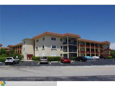 Pompano Beach Condo/Townhouse For Sale: 651 Pine Dr #204