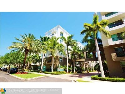 Fort Lauderdale Condo/Townhouse For Sale: 2421 NE 65th St #2-611