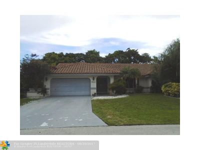 Tamarac Single Family Home For Sale: 7925 NW 87th Ave