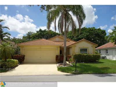 Deerfield Beach Single Family Home For Sale: 305 NW 48th Ave