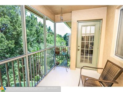 Pompano Beach Condo/Townhouse For Sale: 4025 W McNab Rd #303E