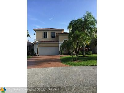 Coconut Creek Single Family Home For Sale: 3660 Coco Lake Dr