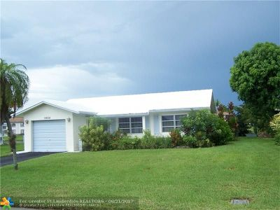 Tamarac Single Family Home For Sale: 9805 NW 67th Ct