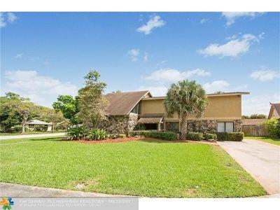 Plantation Single Family Home For Sale: 680 Hummingbird Ln