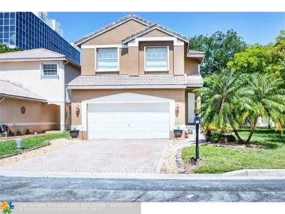 Coral Springs Single Family Home For Sale: 101 NW 97th Ter