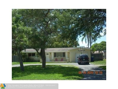 Cooper City Single Family Home For Sale: 5221 SW 90th Ave