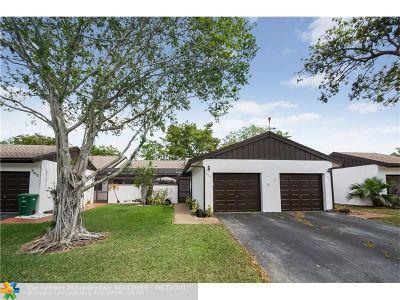 Tamarac Condo/Townhouse For Sale: 6388 Pinehurst Cir #C
