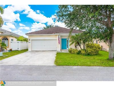 Deerfield Beach Single Family Home For Sale: 1334 SW 44th Ter