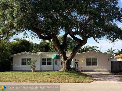 Lauderdale By The Sea Single Family Home For Sale: 255 Algiers Ave