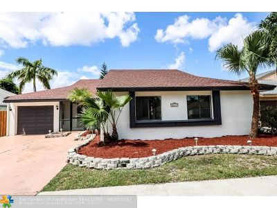 Palm Beach County Single Family Home For Sale: 11523 Clear Creek Pl