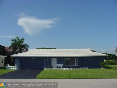 Tamarac Single Family Home For Sale: 9419 NW 74th Ct