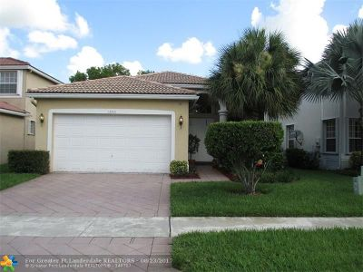 Coral Springs Single Family Home For Sale: 12331 NW 53rd St