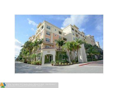 Boynton Beach Condo/Townhouse For Sale: 1605 Renaissance Commons Blvd #529