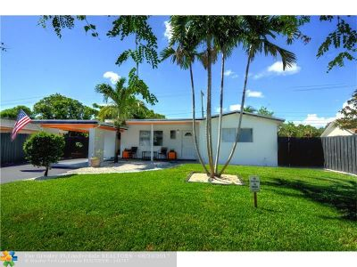 Oakland Park Single Family Home For Sale: 70 NW 56th Ct